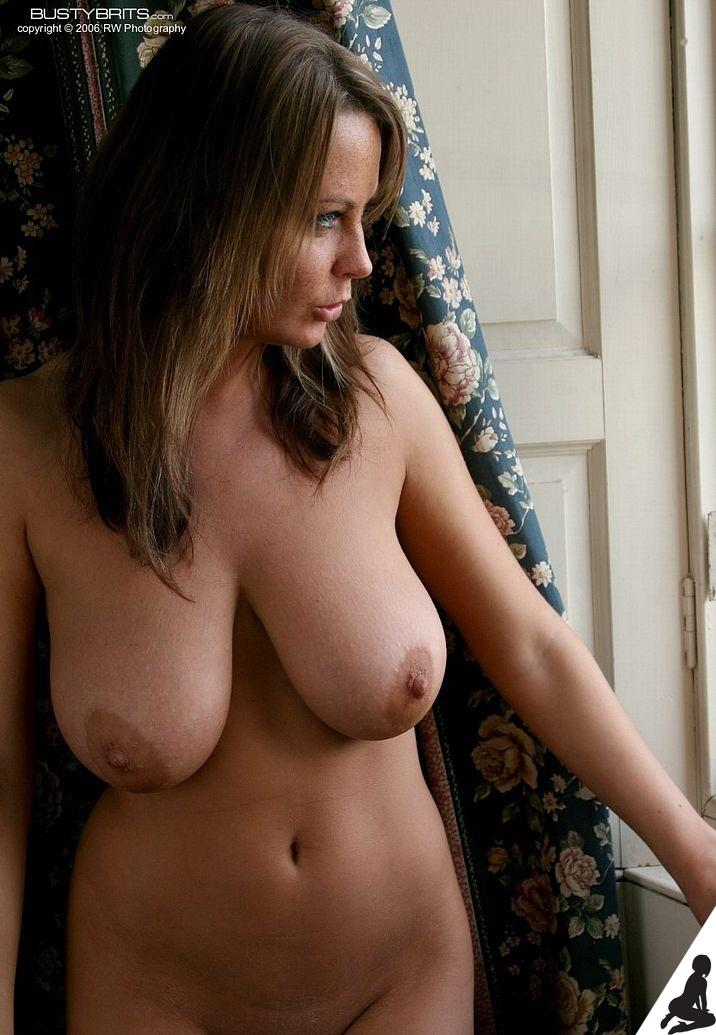 Multiple hot young girls naked